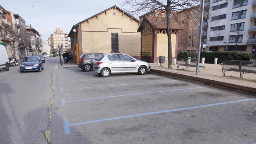 Salt suspèn el funcionament de la zona blava d'aparcament mentre duri l'estat d'alarma