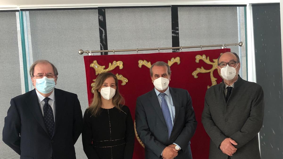 Pleno del Consejo Consultivo. Desde la izquierda, Herrera, Ares, S. de Vega y Ramos