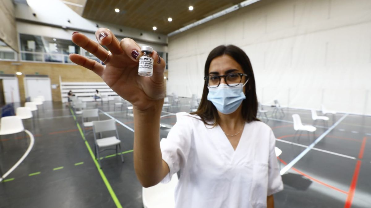 Escasa afluencia en la jornada de vacunación con Pfizer
