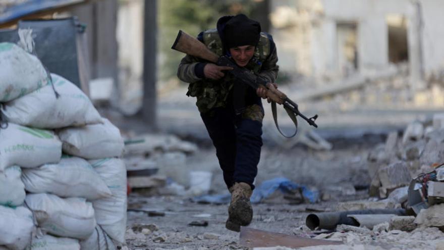 El régimen de Al Assad anuncia la derrota total de ISIS en Hama y Alepo