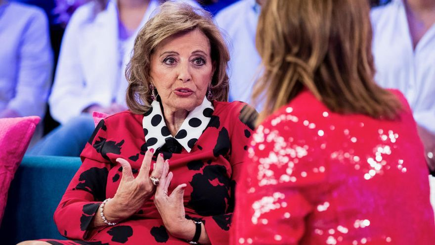 """El baile de María Teresa Campos a ritmo de Maluma que ha revolucionado la red: """"Es una patada a Vasile"""""""