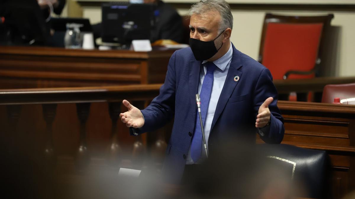 Torres defiende el REF y el estatus RUP de Canarias frente a la armonización fiscal