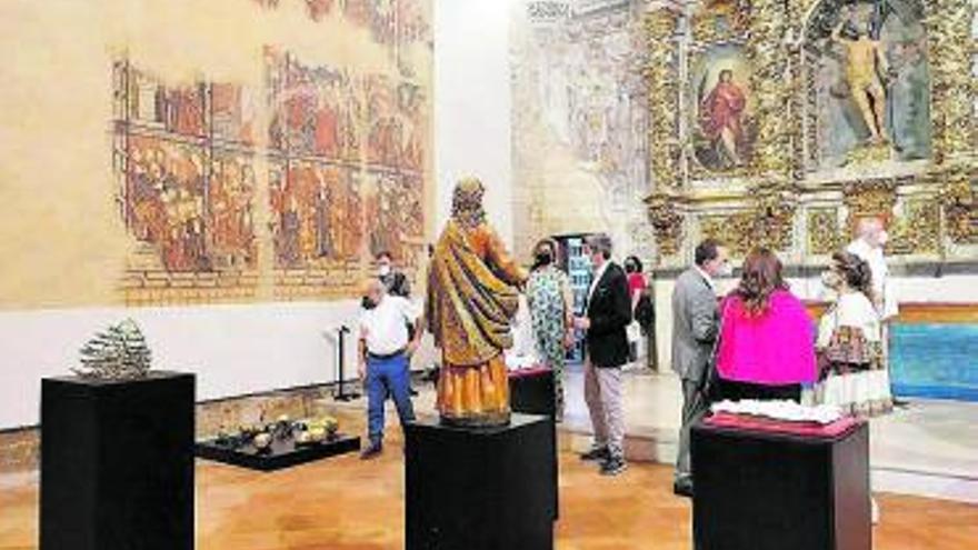 Toro acerca la muestra La Iberoamericana a jóvenes y adultos con visitas guiadas