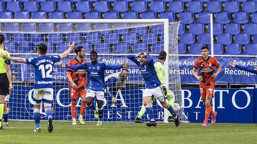 Las causas del mal momento del Oviedo: un marzo de mínimos y un solo gol de jugada en cuatro partidos