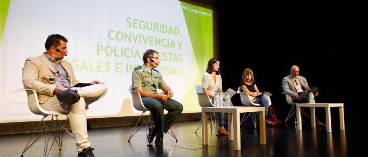 """La Guardia Civil reconoce que las fiestas ilegales en Ibiza no se pararían """"ni con el doble"""" de efectivos"""