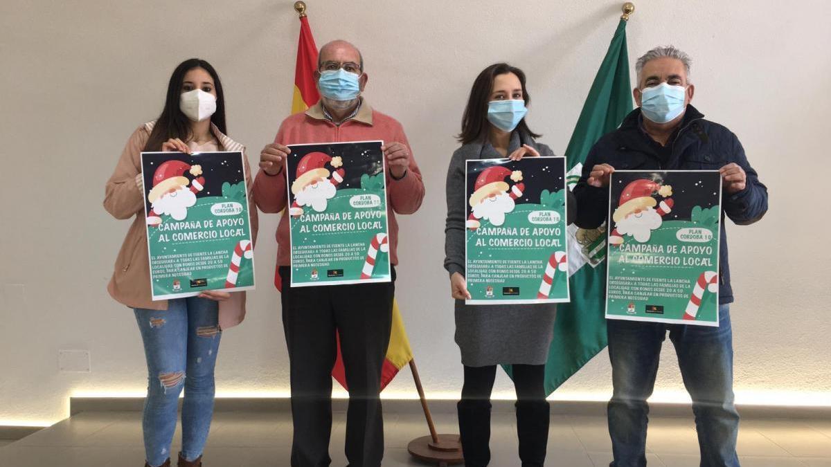 Fuente la Lancha regala bonos y productos navideños a sus vecinos