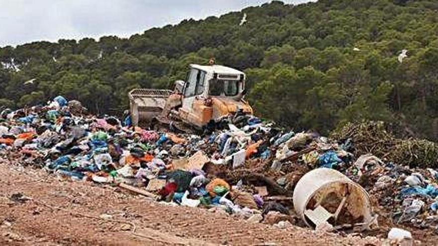 Ibiza debe hallar una alternativa al vertedero de Ca na Putxa en 18 meses