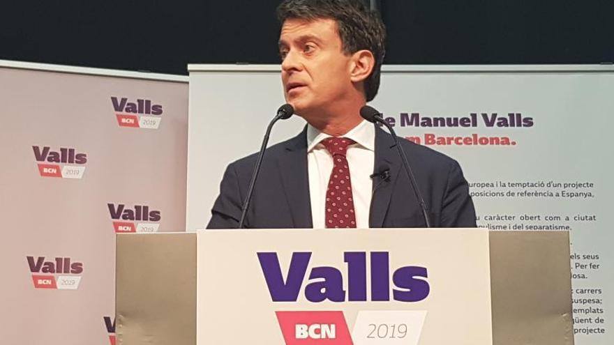 """Valls acudirá """"sin ningún complejo"""" a la marcha"""