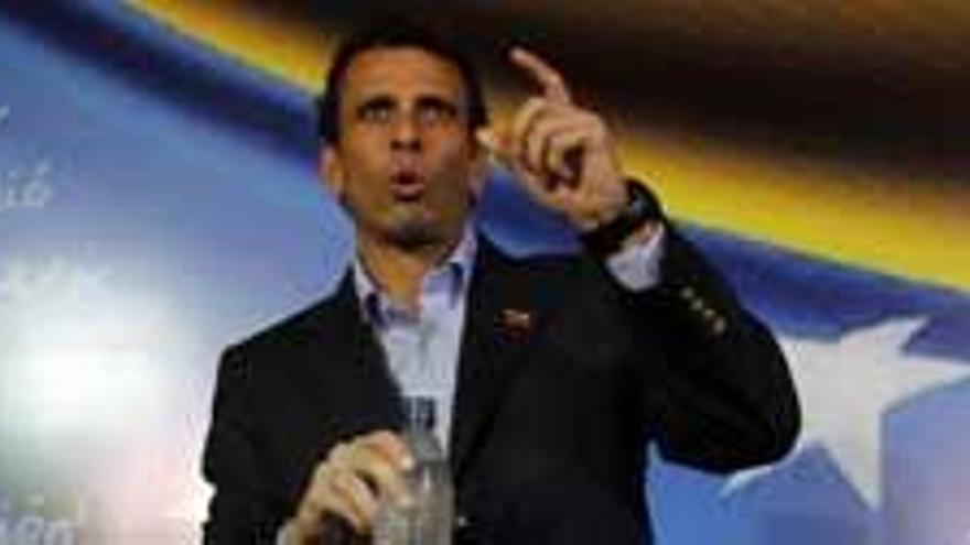 """Capriles a Maduro: """"A ti nadie te eligió, chico"""""""
