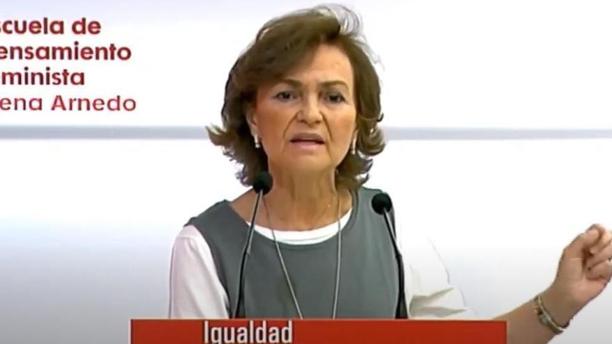 Carmen Calvo reivindica abolir la prostitución y los vientres de alquiler