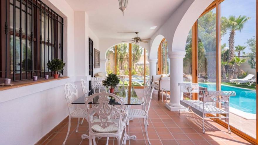 Tu nuevo hogar puede estar en cualquiera de los siguientes chalets en venta en Mutxamel