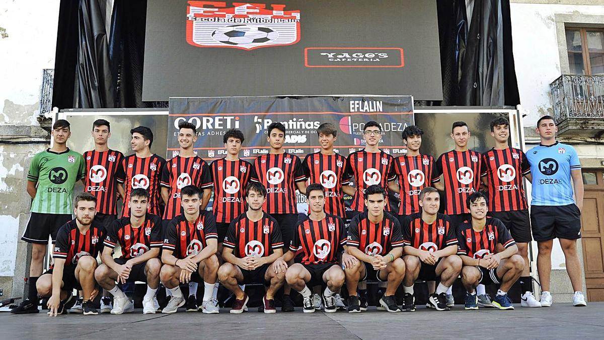 El equipo rojinegro logró la permanencia la pasada temporada. |  // BERNABÉ