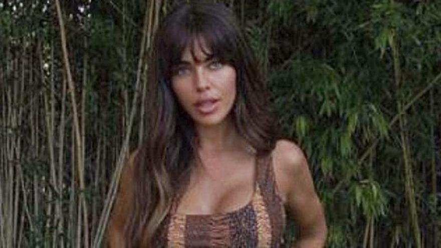 Violeta Mangriñán desvela con qué famosa se acostaría