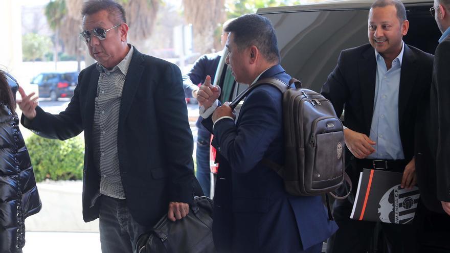 Marea Valencianista exige a Peter Lim los 150 millones comprometidos