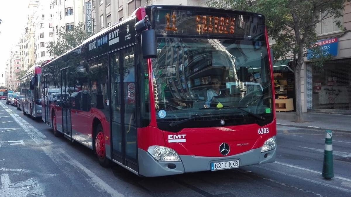 Imagen de archivo de un autobús de la EMT