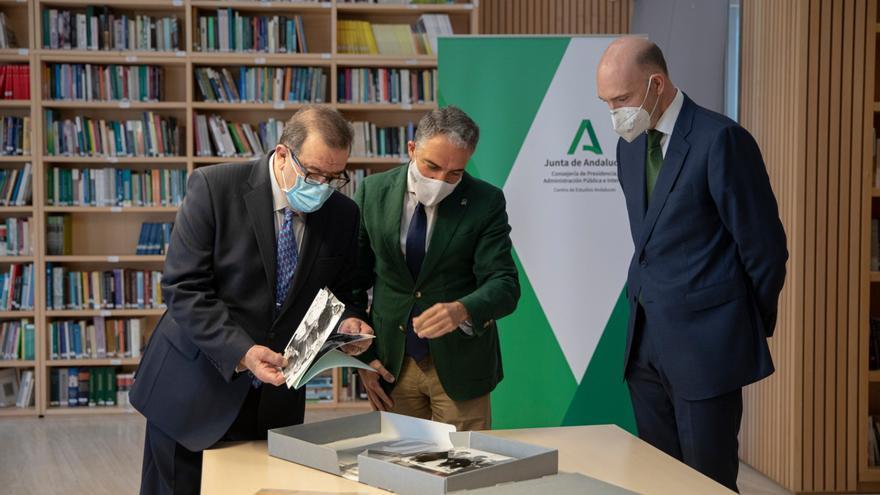 La Junta digitalizará el archivo del expresidente andaluz José Rodríguez de la Borbolla