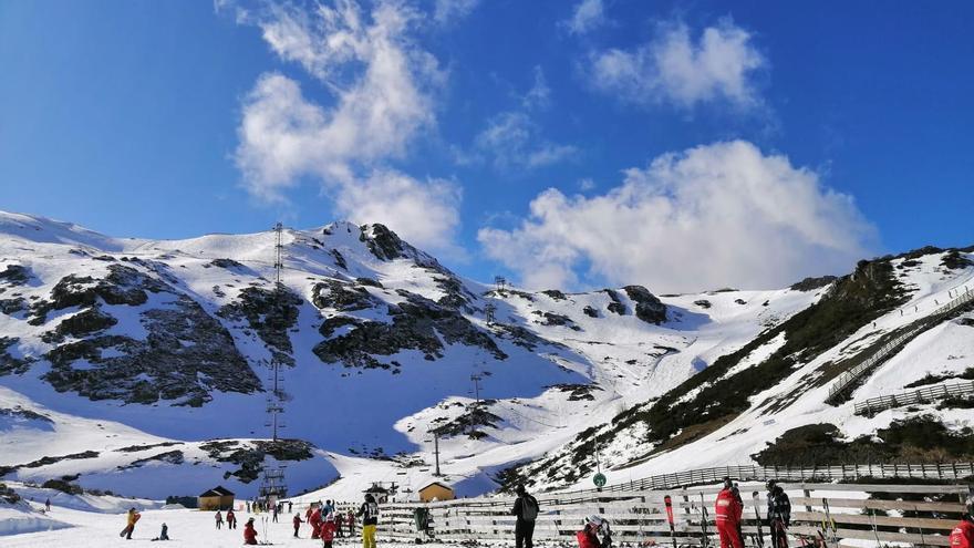 El PP pide una regulación propia en la ley del Deporte para las estaciones de esquí