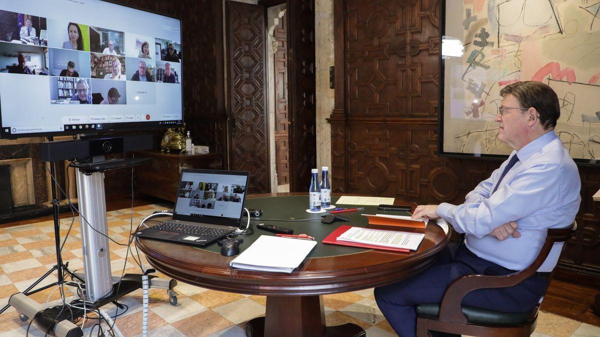 Puig se reúne por videoconferencia con diferentes expertos