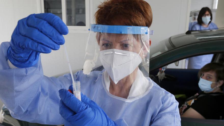 Sanidad notifica un repunte de 591 fallecidos y 36.435 nuevos contagios