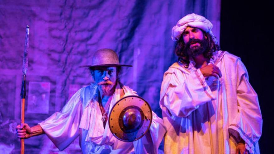 Timaginas Teatro lleva 'La farsa del siglo de oro' hasta el Paraninfo
