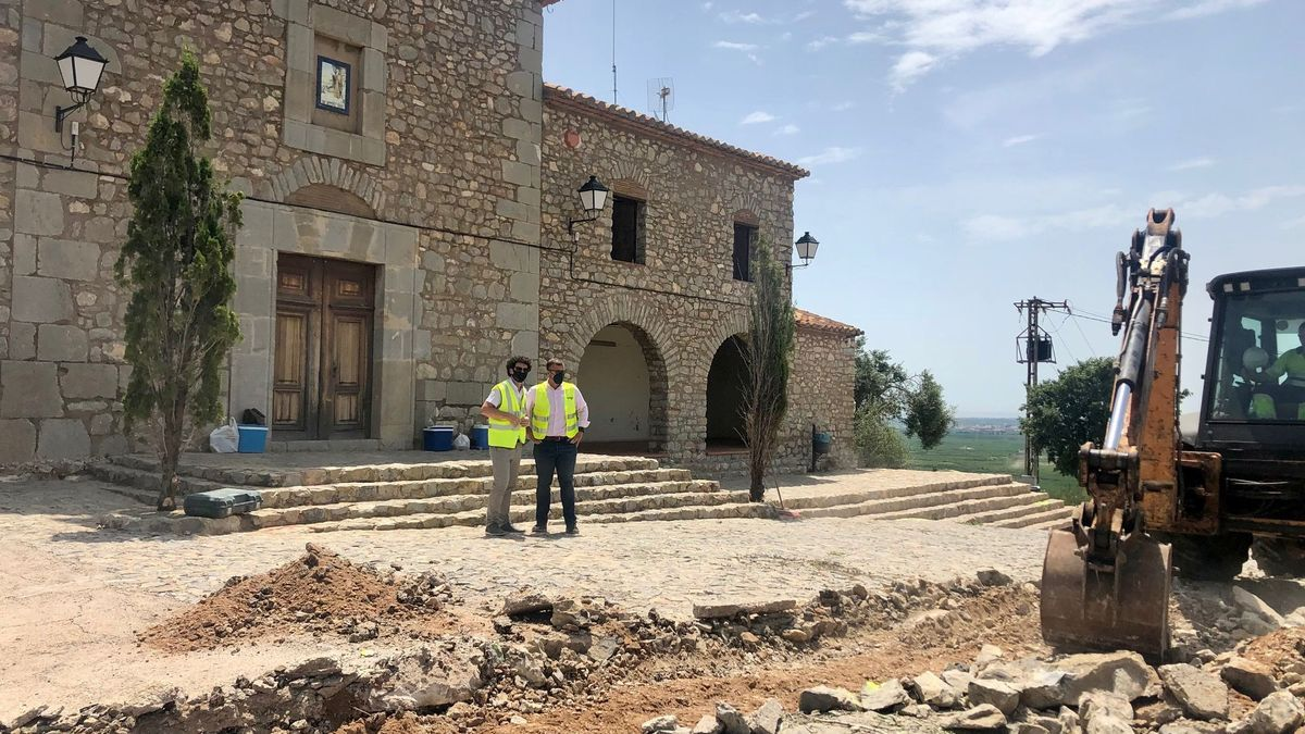 Remolar comprobó el inicio de obras en la Muntanyeta de Sant Antoni.