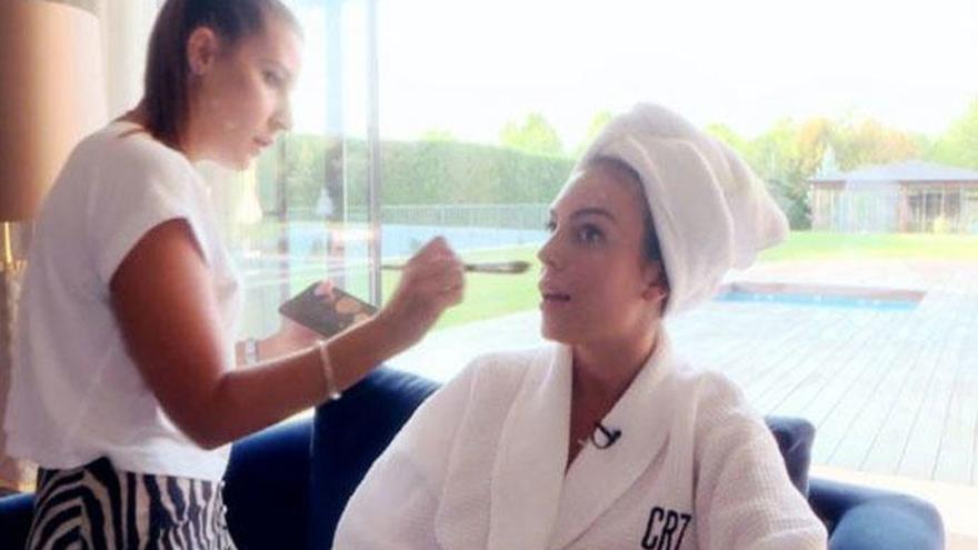 Georgina Rodríguez, en albornoz y sin maquillar, en su primera entrevista en la televisión