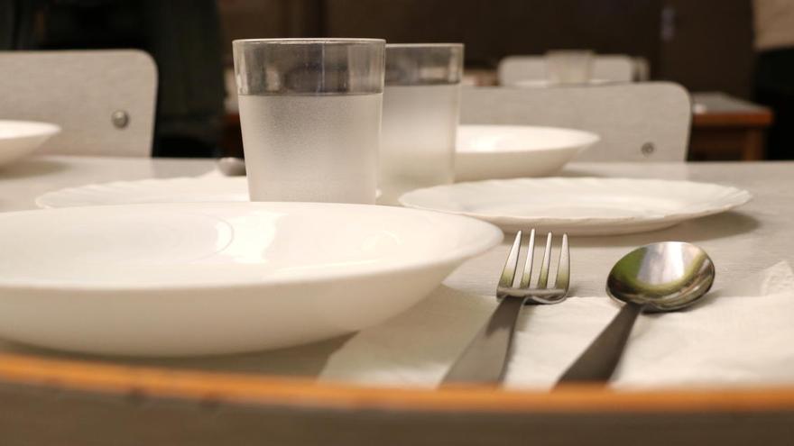 La Selva aprova un nou model de gestió dels menjadors escolars públics