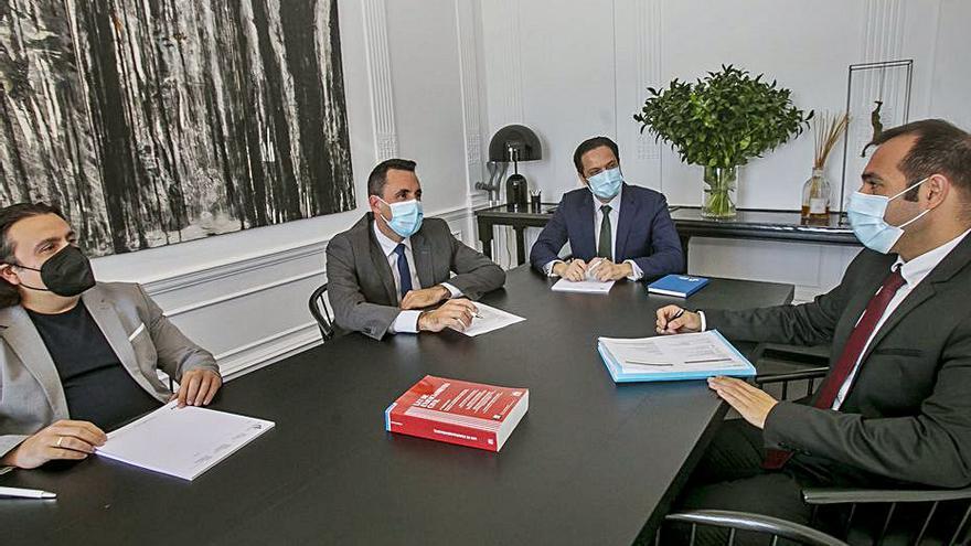 Devesa & Calvo crece un 32% y se prepara para dar el salto a Madrid el próximo año