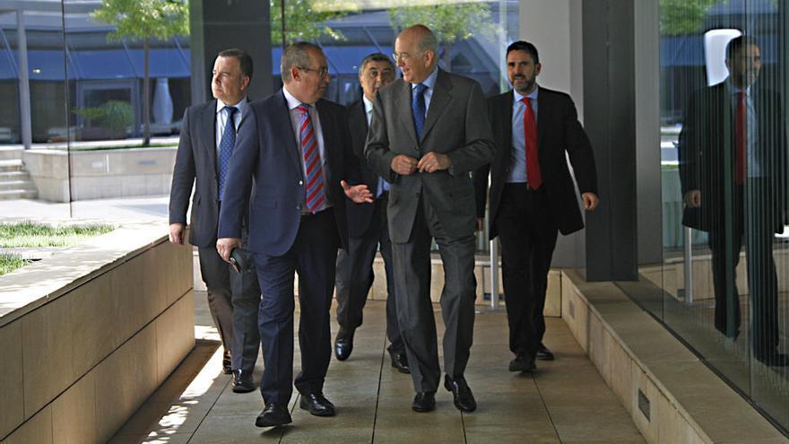 Egea augura que el mapa bancario español seguirá reduciéndose en el futuro