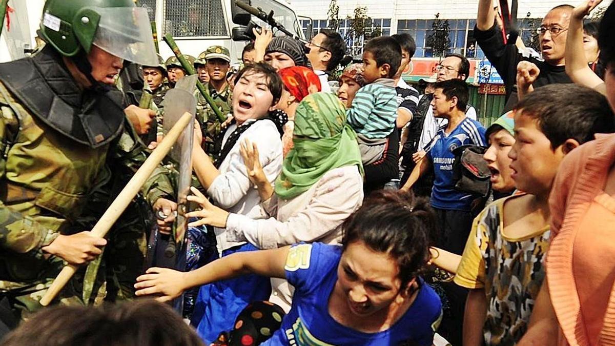 La pieza uigur en el tablero global