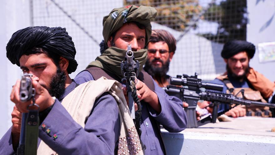 La UE aboga por mantener el trato con los talibanes para continuar con las evacuaciones
