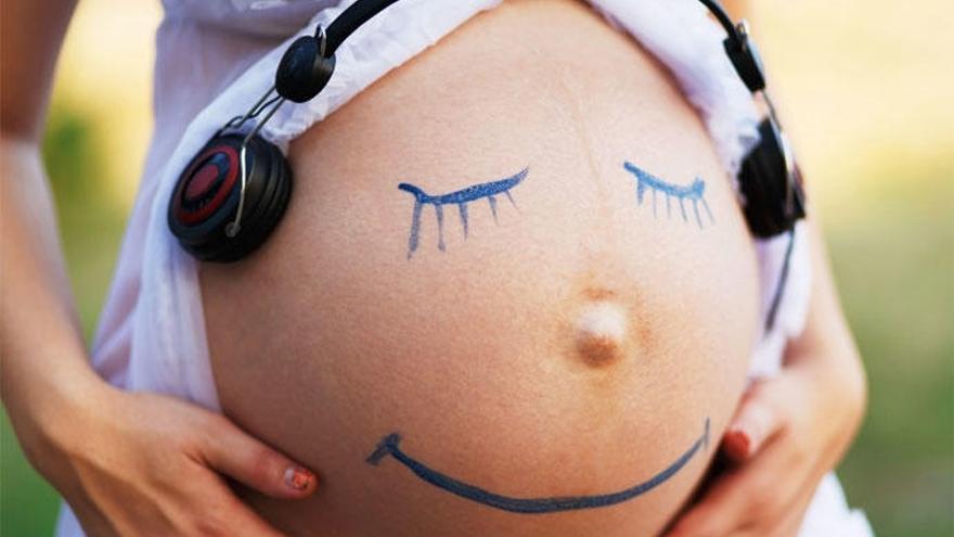 Musicoterapia: melodías que ayudan durante y tras el embarazo