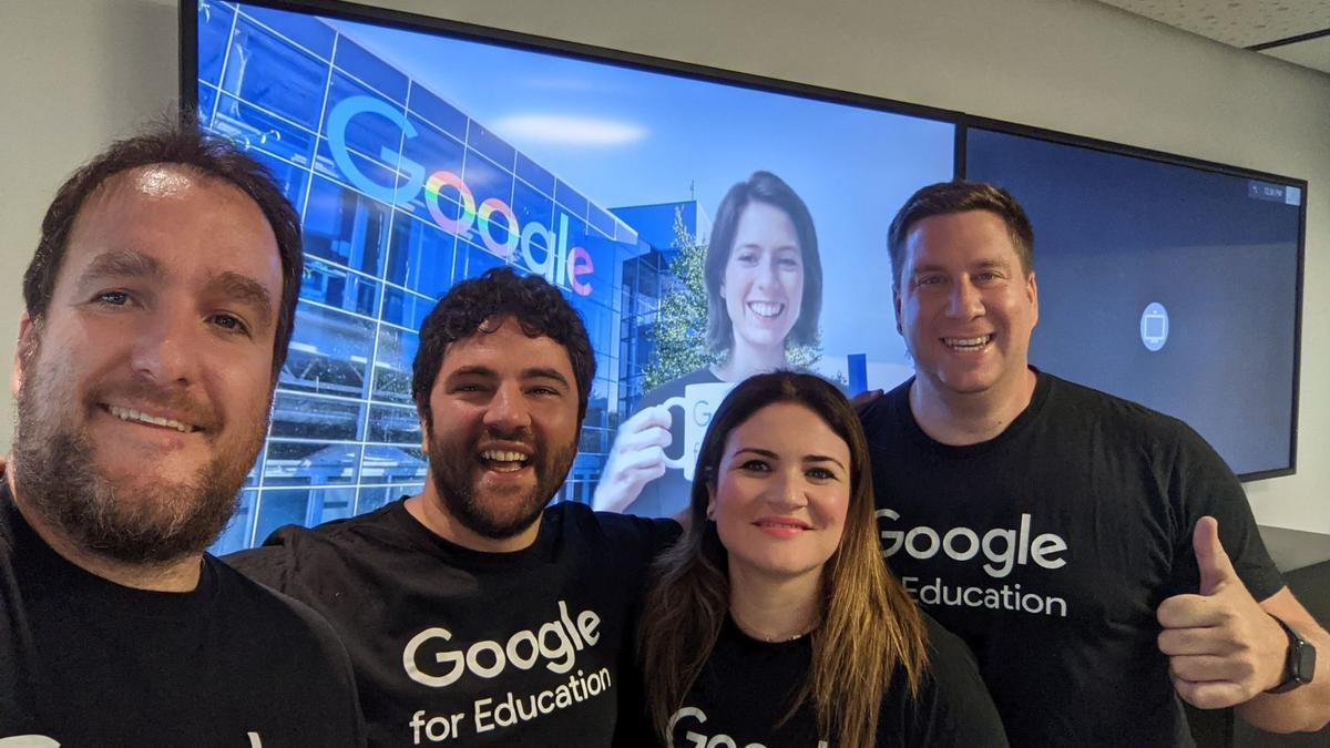 Esperanza Moreno, junto a Marc Sanz, responsable de Google for Education en Europa