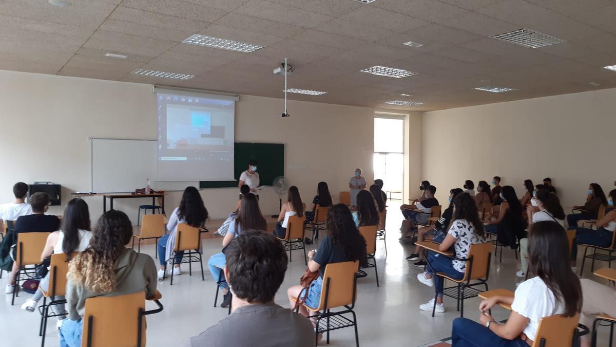 Presentación del curso en la facultad de Fisioterapia de la ULPGC