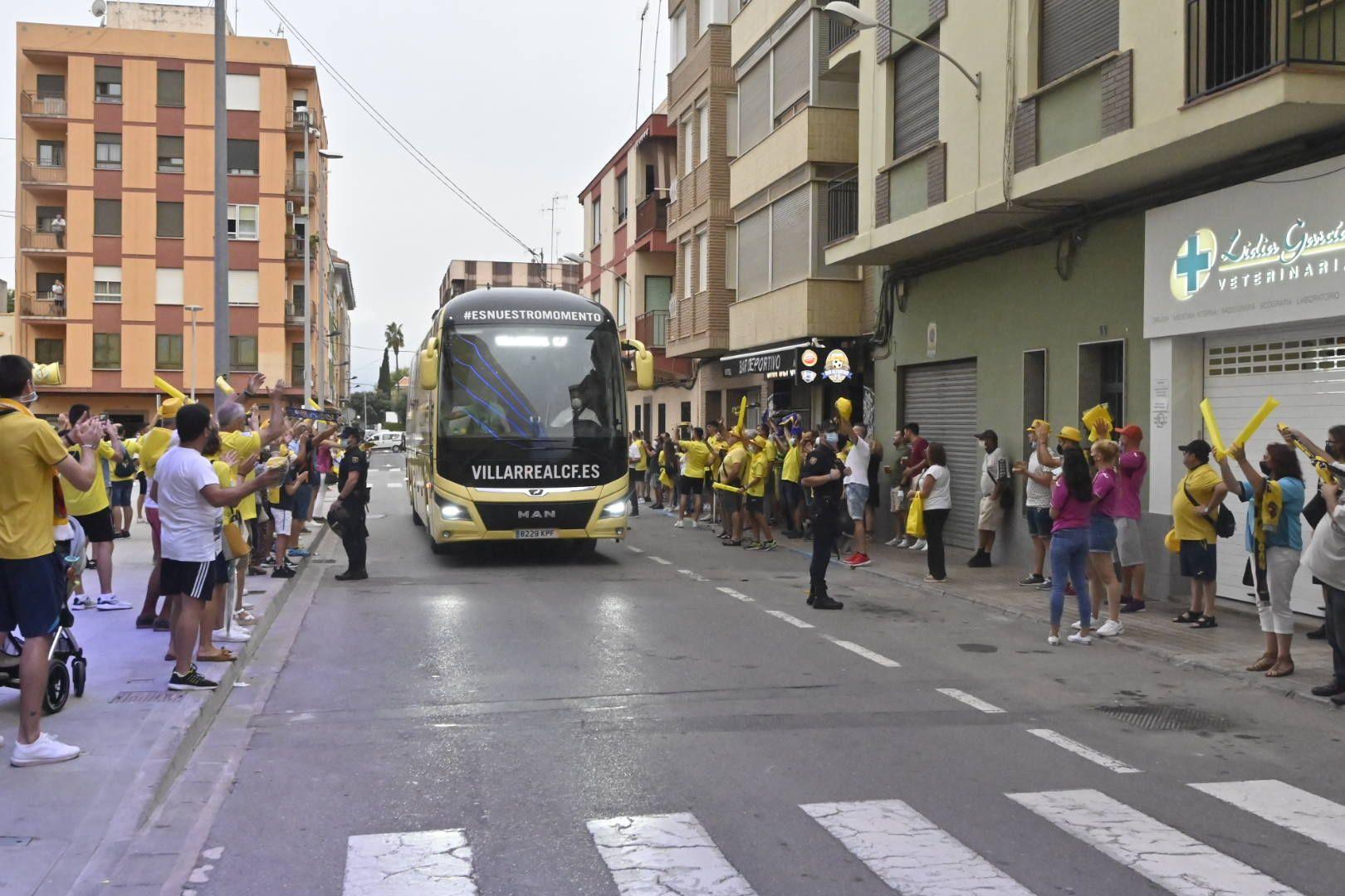 Villarreal - Atalanta 01 Manolo Nebot (5).JPG