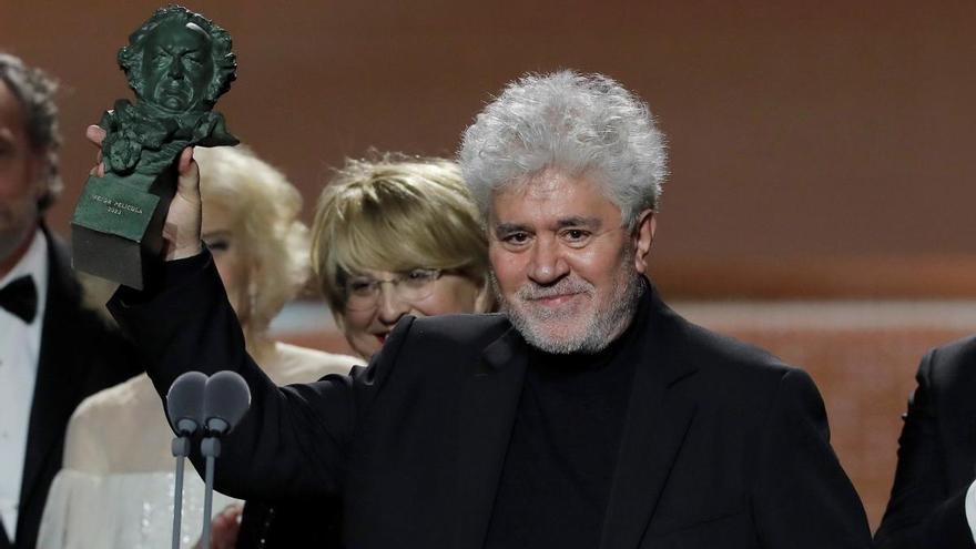 Almodóvar comienza a rodar el cortometraje 'La voz humana'