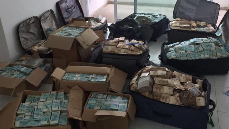 Troben maletes plenes de diners en un pis d'un ministre de l'expresident de Brasil