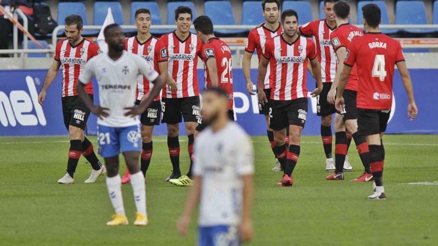 Que pase el siguiente, el CD Tenerife cae ante el Logroñés (0-1)