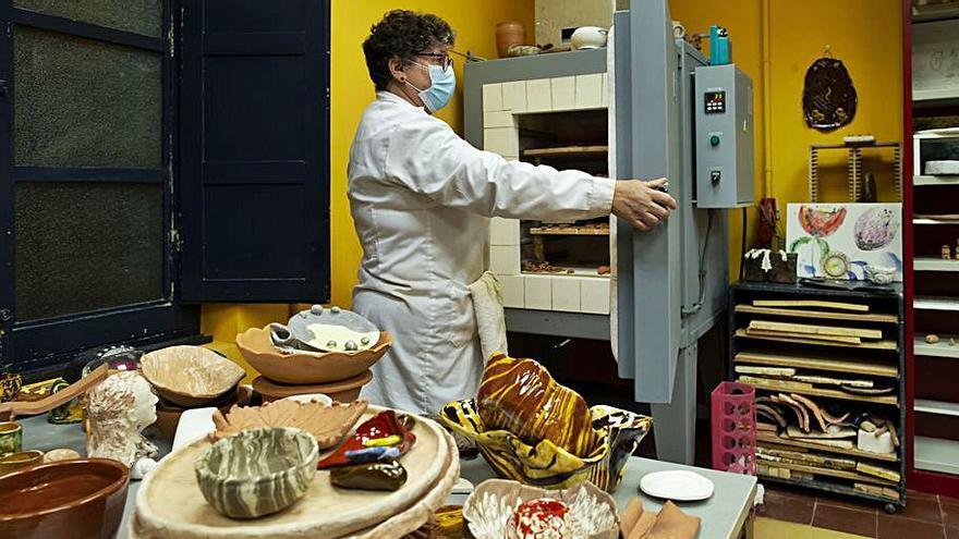 Los ceramistas de Llanera estrenan horno