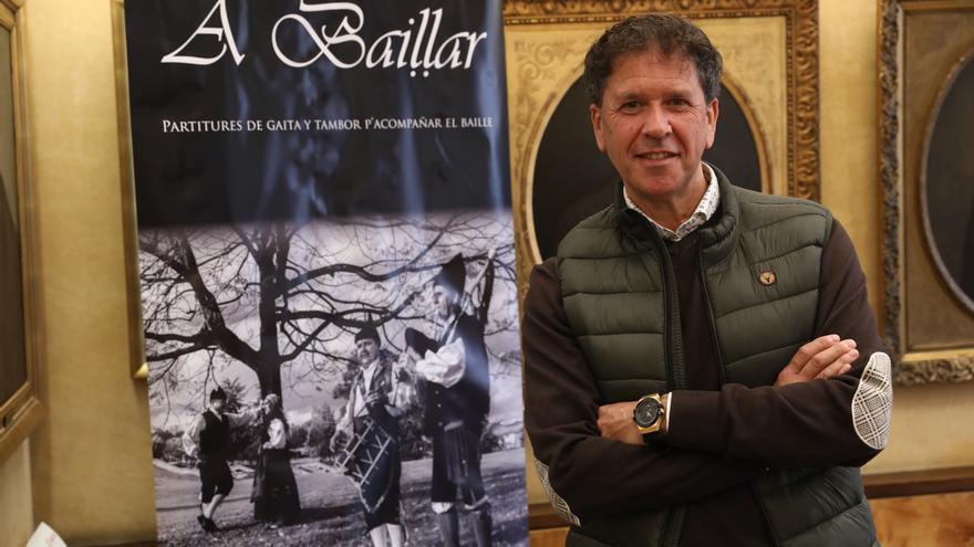 José Manuel Fernández, Guti, recopila en un libro las partituras nunca escritas para gaita y tambor