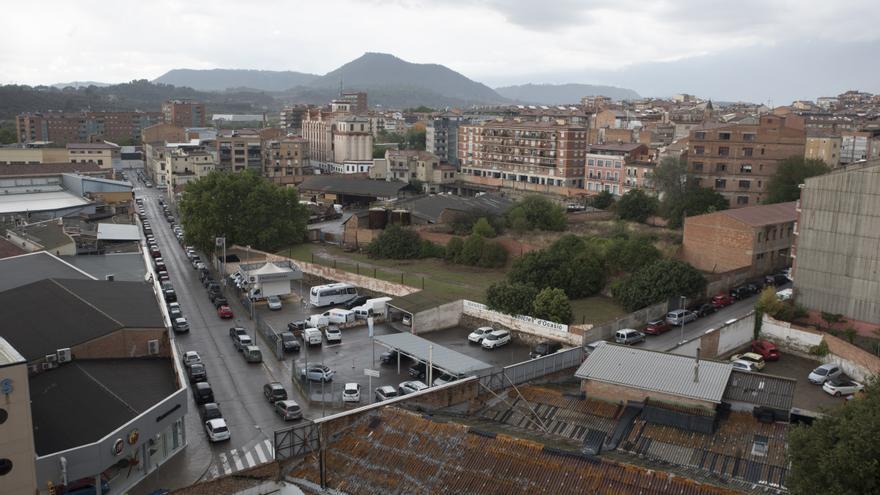 El PSC alerta que una finca pot complicar la nova escola Valldaura de Manresa