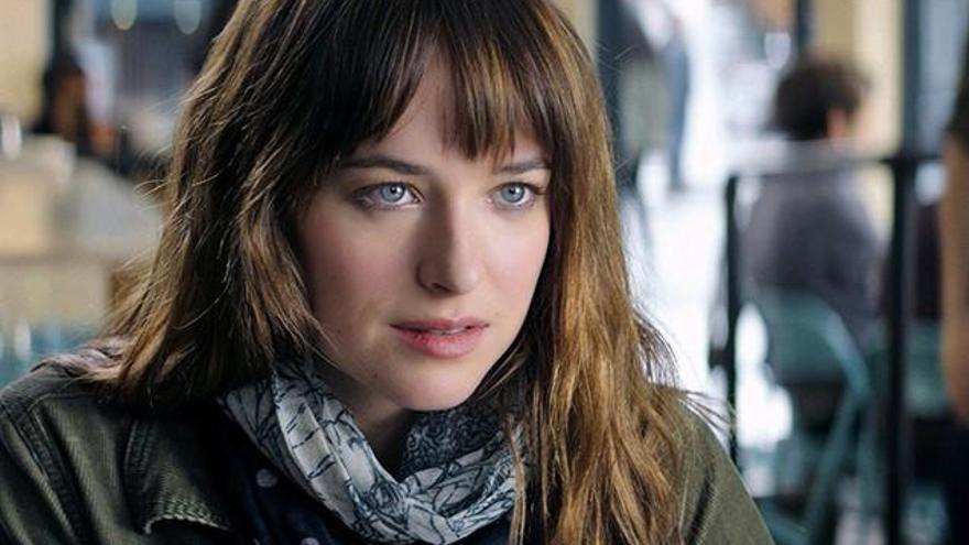Dakota Johnson s'avorria amb les escenes de sexe de «Cinquanta ombres de Grey»