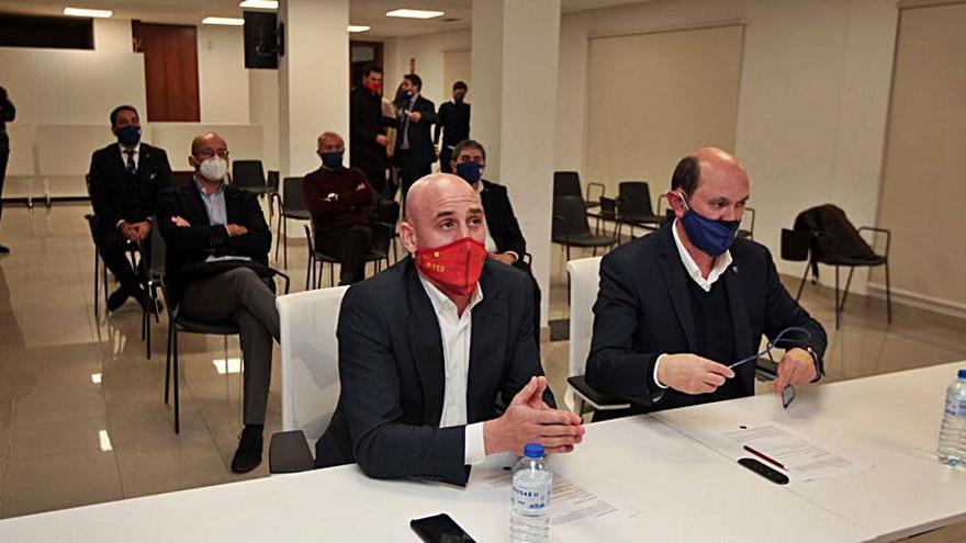 Rubiales visita la sede de la RFGF en Pontevedra