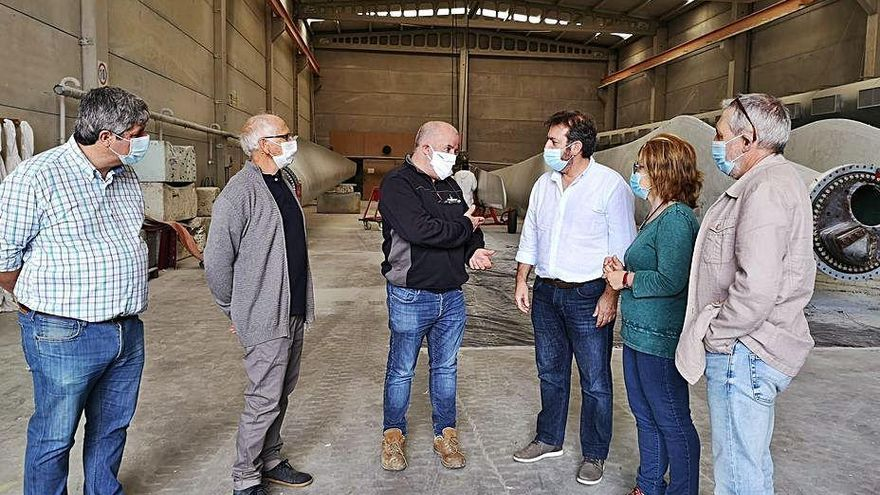 """Bará propone en Cambados un plan para invertir el """"declive"""" industrial de Galicia"""