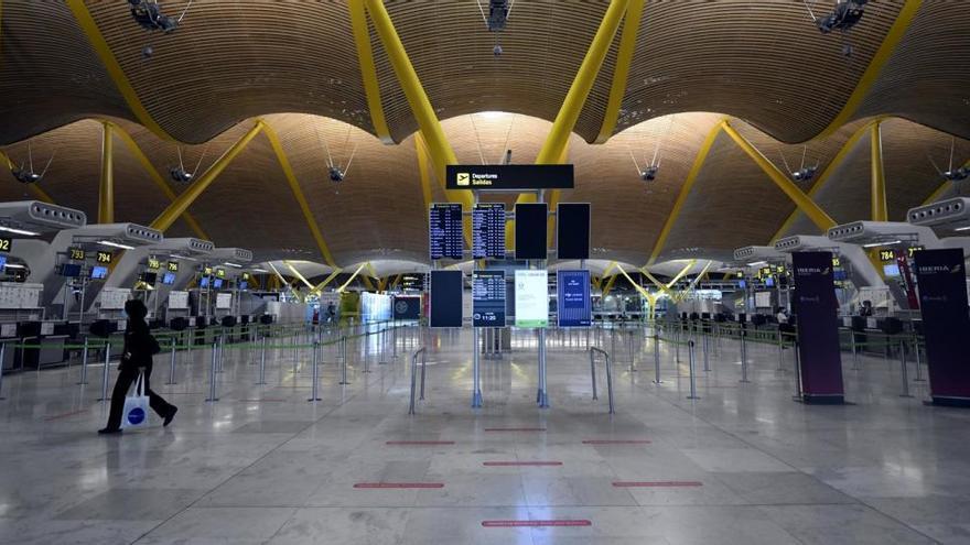 """El turismo cierra 2020 con 1.000 millones menos de llegadas internacionales, su """"peor año"""""""