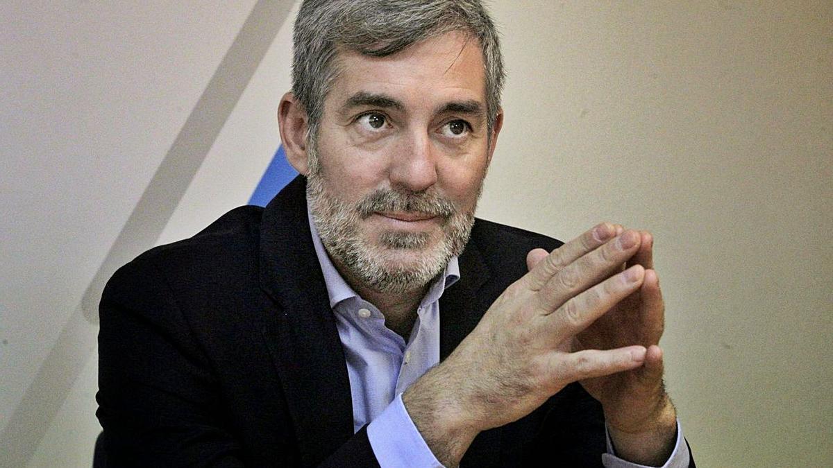 Fernando Clavijo, senador autonómico.