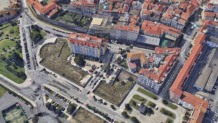 El plan de A Maestranza sitúa uno de los edificios sobre parte de los restos de la antigua muralla