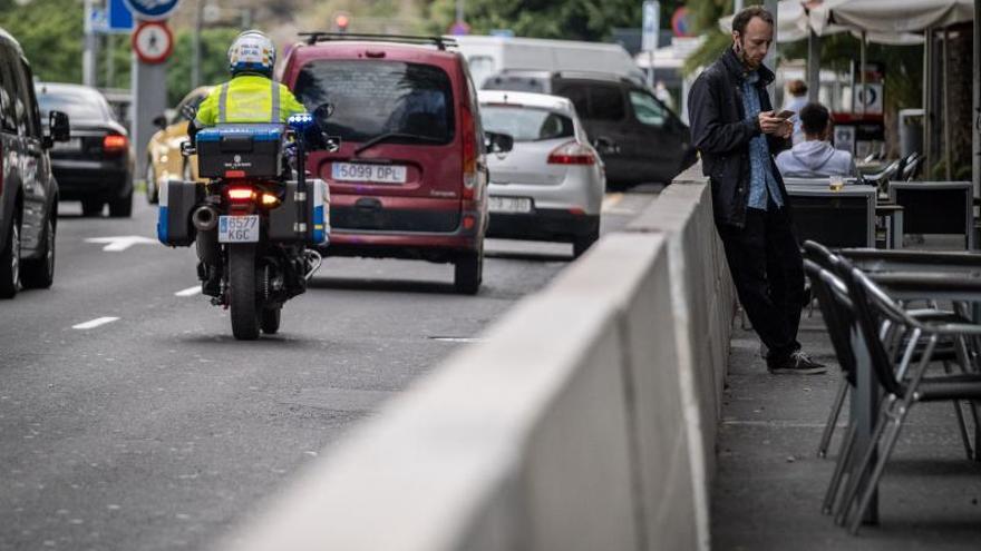 Instaladas las nuevas barreras de seguridad  en la avenida de Anaga