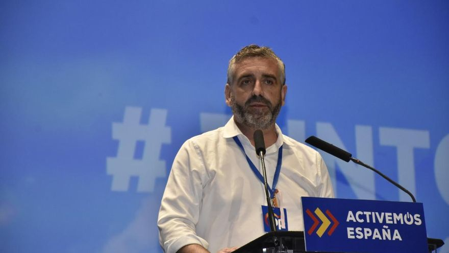 El presidente provincial del PP defiende la presunción de inocencia del alcalde de Benavites