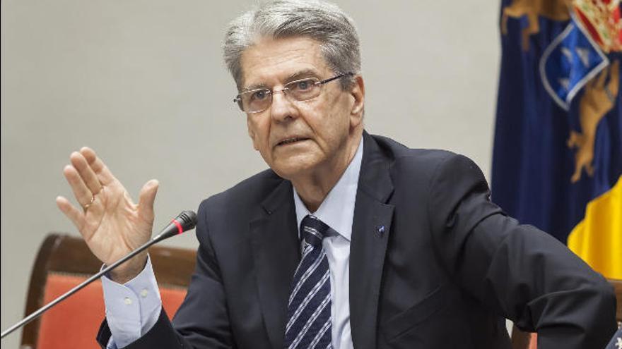 Canarias exige al Estado poder utilizar el superávit en los servicios básicos